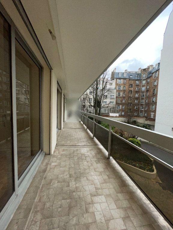 Appartement à vendre 4 102m2 à Paris 12 vignette-6