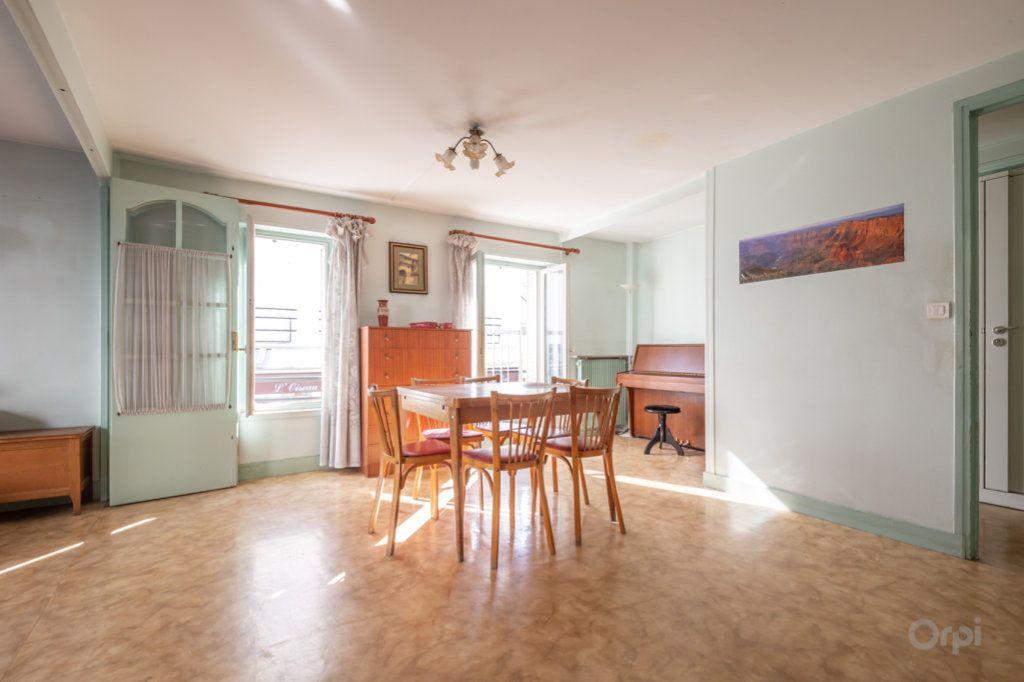 Appartement à vendre 4 89m2 à Paris 20 vignette-1