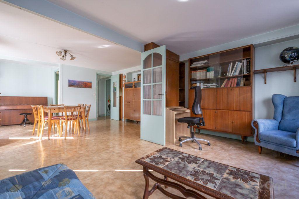 Appartement à vendre 4 89m2 à Paris 20 vignette-7