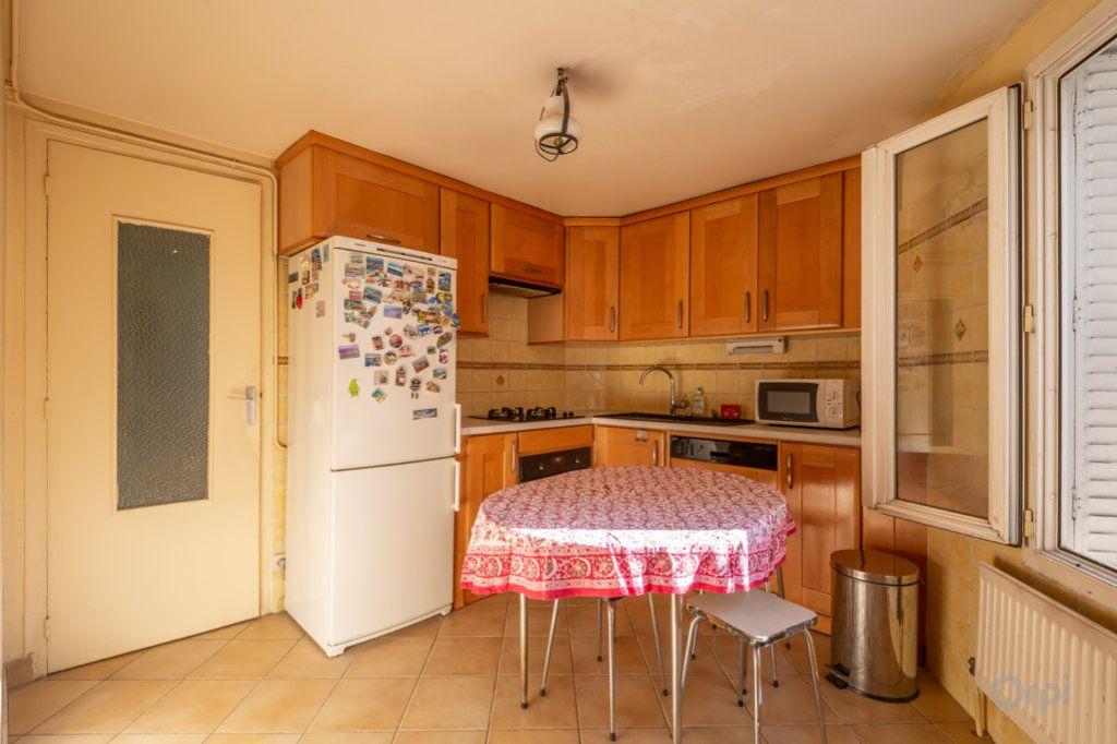 Appartement à vendre 4 89m2 à Paris 20 vignette-9