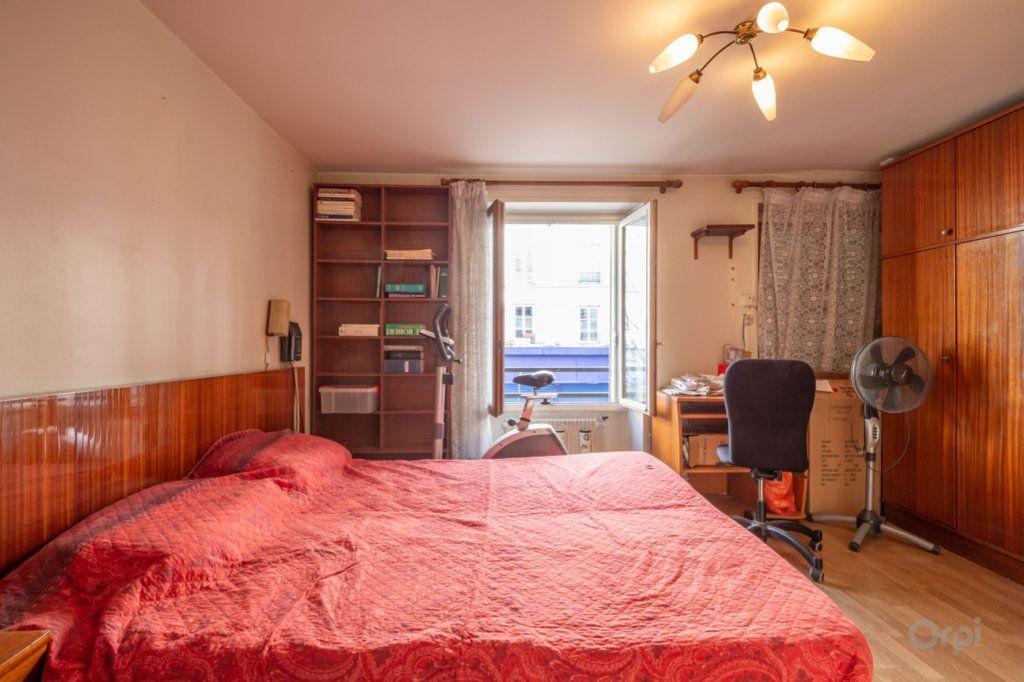 Appartement à vendre 4 89m2 à Paris 20 vignette-13