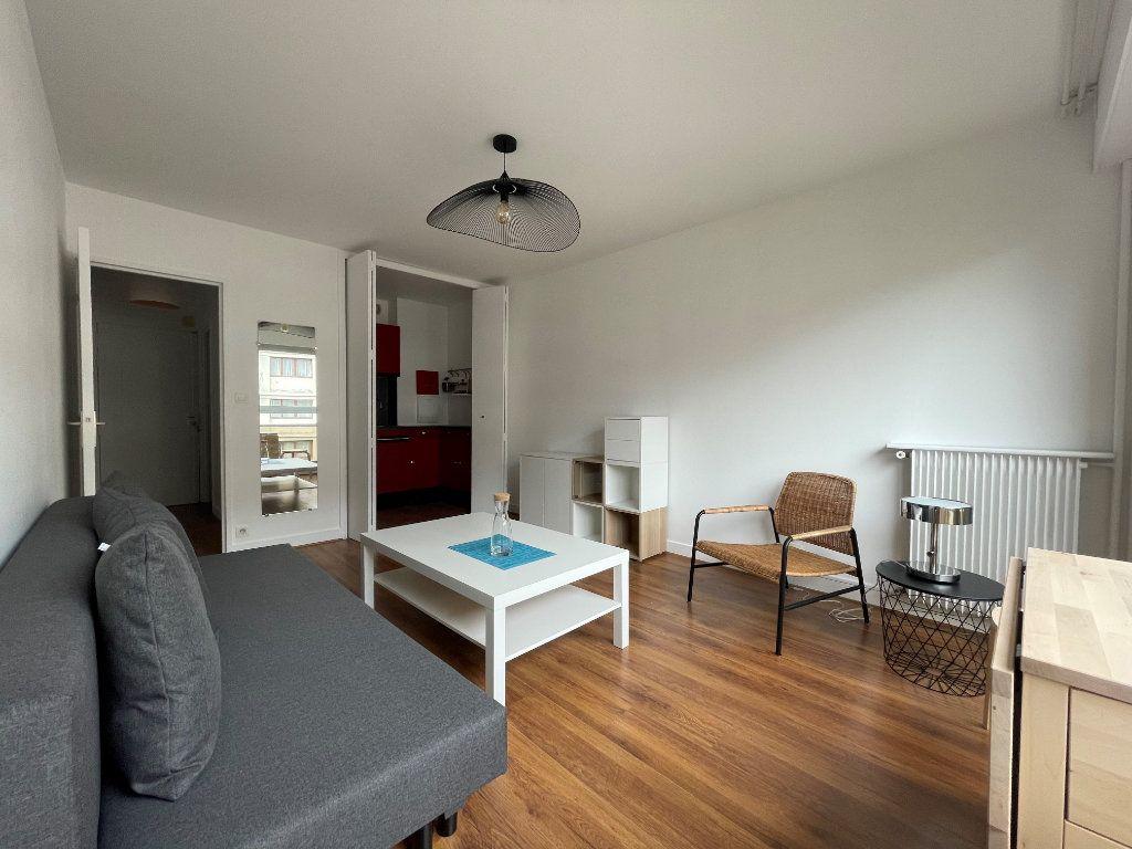 Appartement à louer 1 24.24m2 à Paris 12 vignette-4