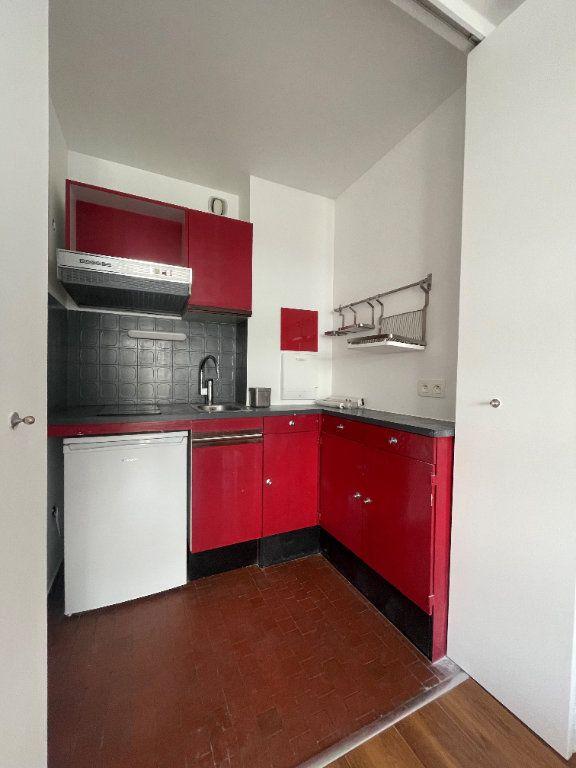 Appartement à louer 1 24.24m2 à Paris 12 vignette-6