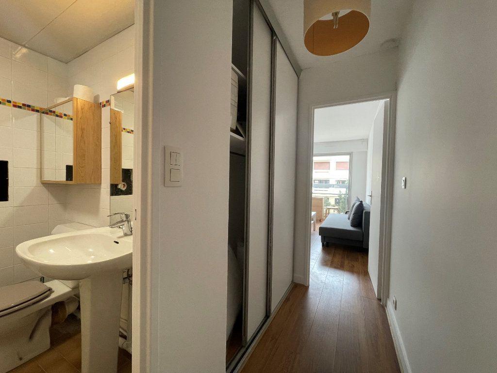 Appartement à louer 1 24.24m2 à Paris 12 vignette-7