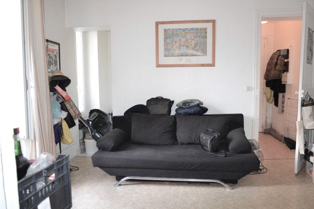 Appartement à vendre 2 30.9m2 à Paris 13 vignette-2