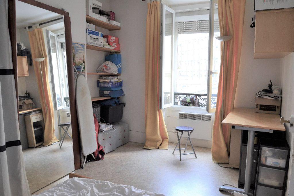 Appartement à vendre 2 30.9m2 à Paris 13 vignette-9