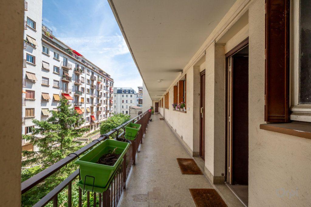 Appartement à vendre 2 38m2 à Paris 12 vignette-9