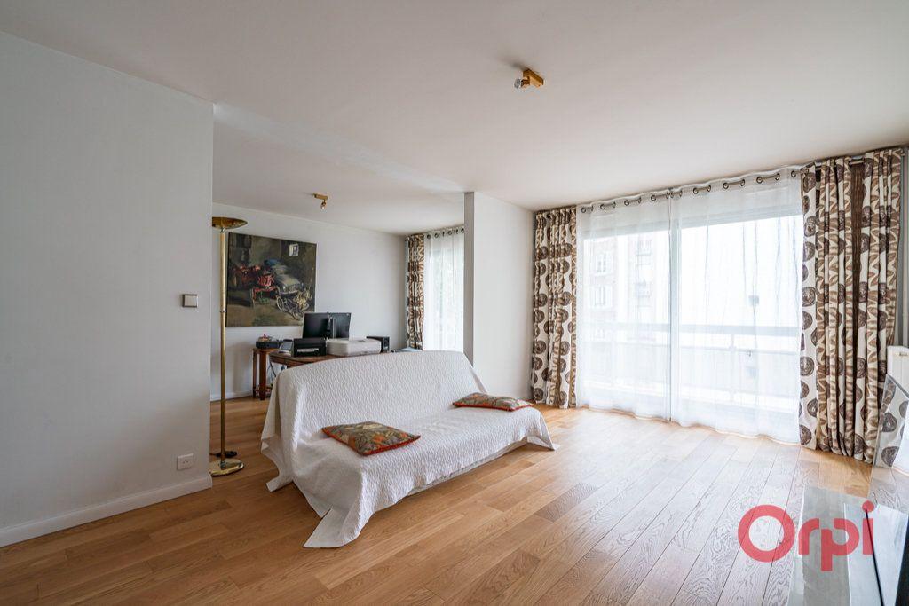 Appartement à vendre 3 76.5m2 à Paris 12 vignette-1
