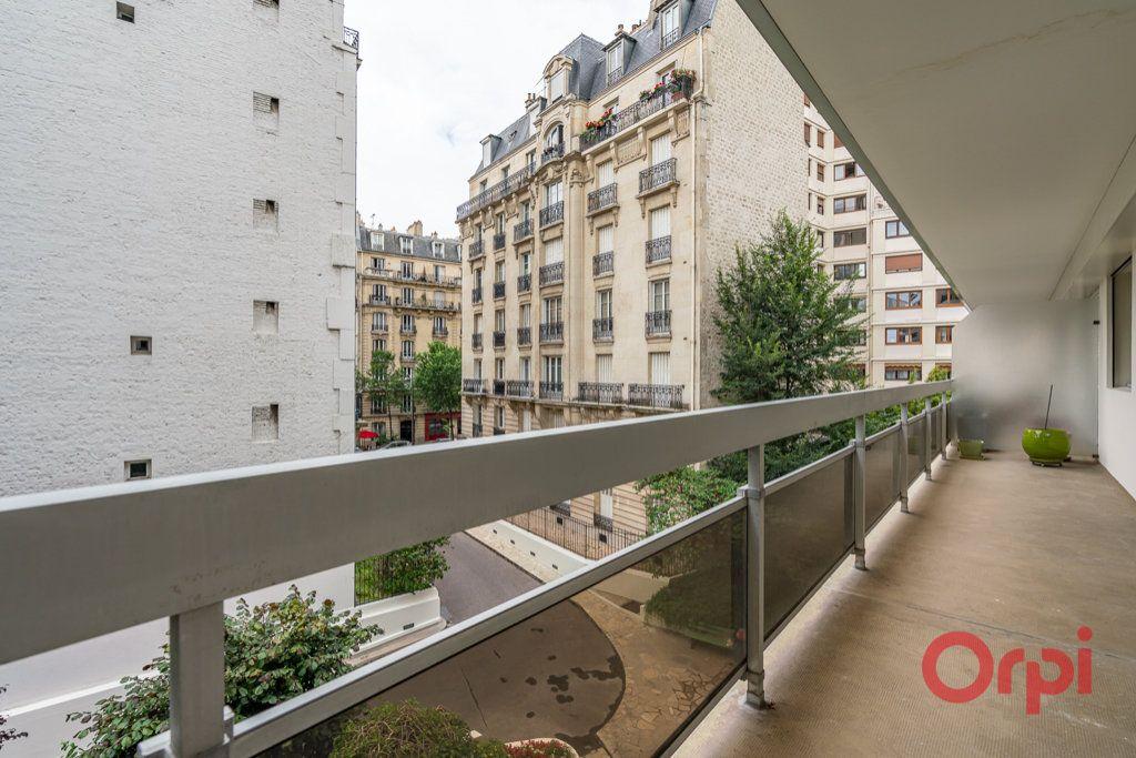 Appartement à vendre 3 76.5m2 à Paris 12 vignette-4