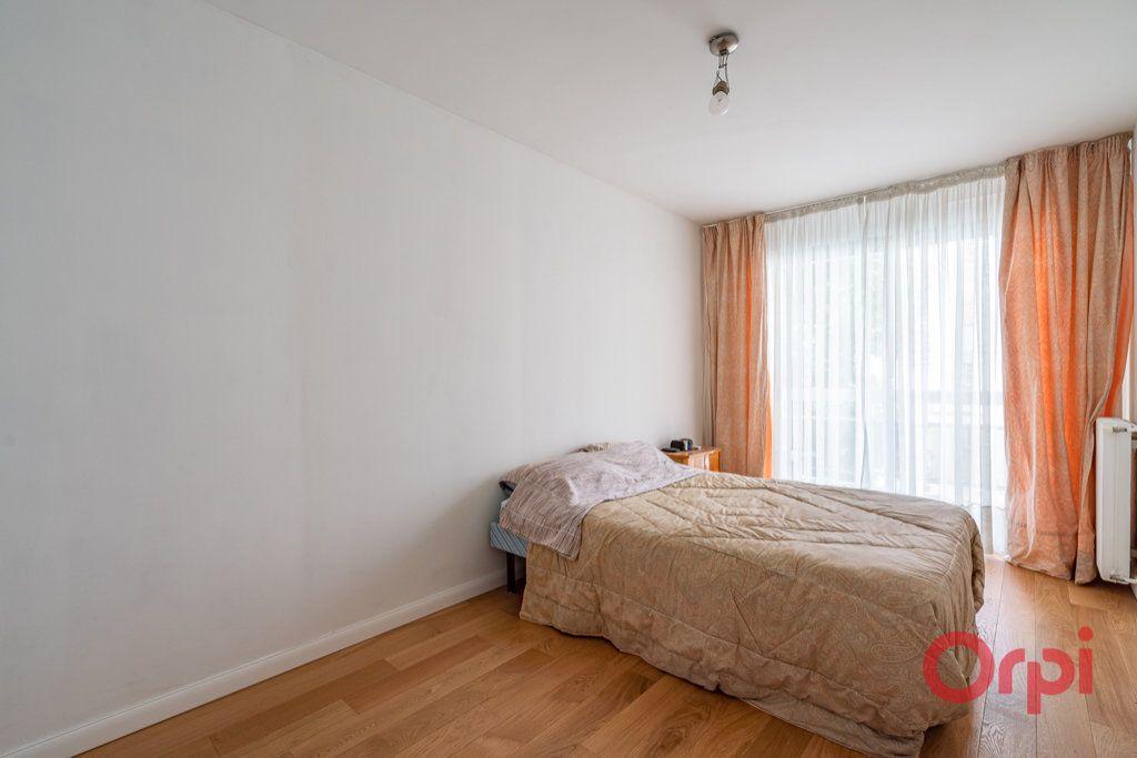 Appartement à vendre 3 76.5m2 à Paris 12 vignette-9