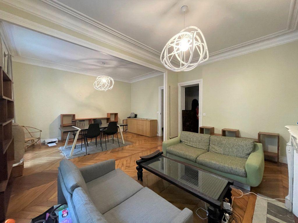 Appartement à louer 4 84.53m2 à Paris 12 vignette-6