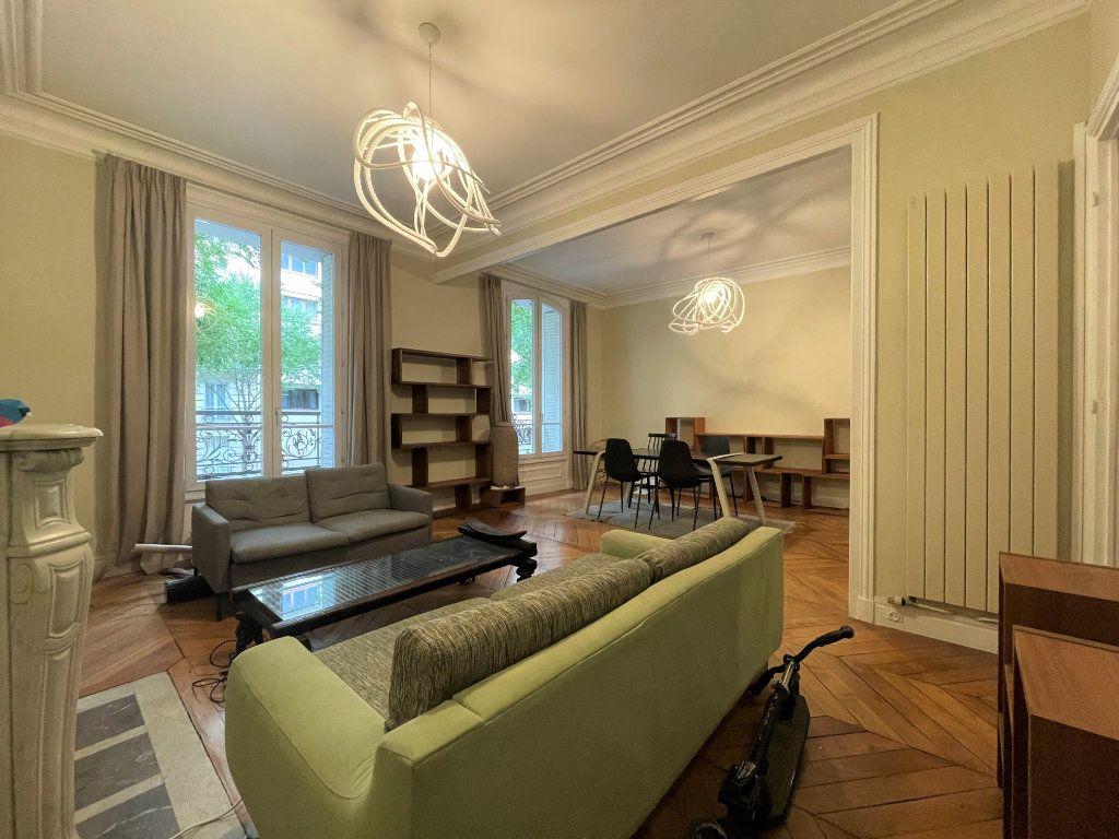Appartement à louer 4 84.53m2 à Paris 12 vignette-7