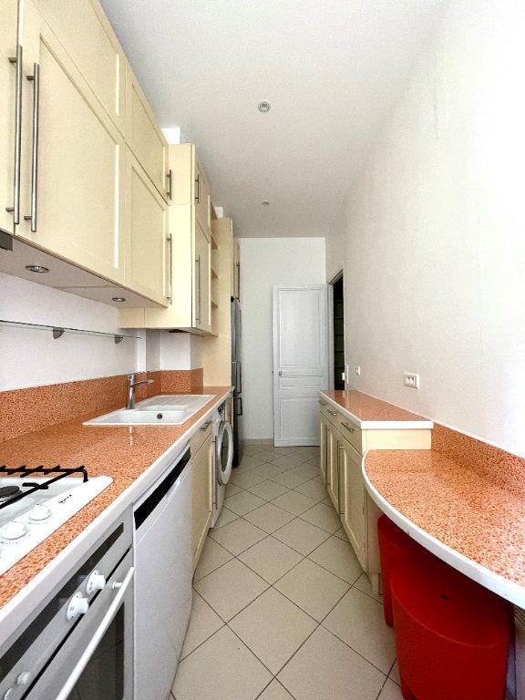 Appartement à louer 4 84.53m2 à Paris 12 vignette-9