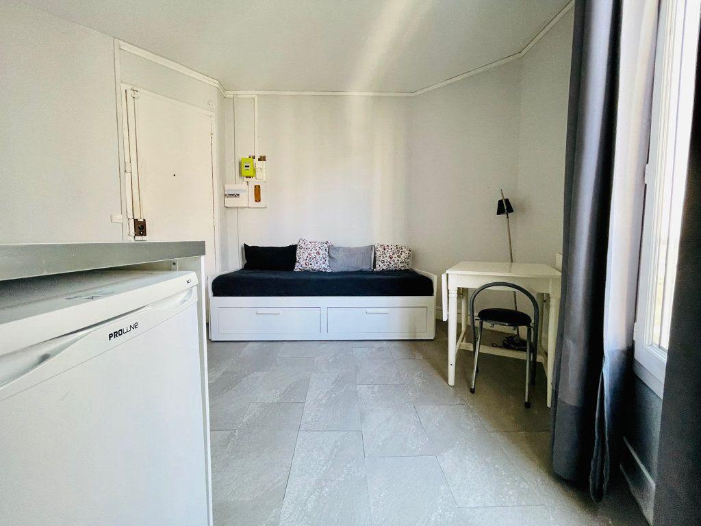 Appartement à vendre 1 14m2 à Paris 11 vignette-8