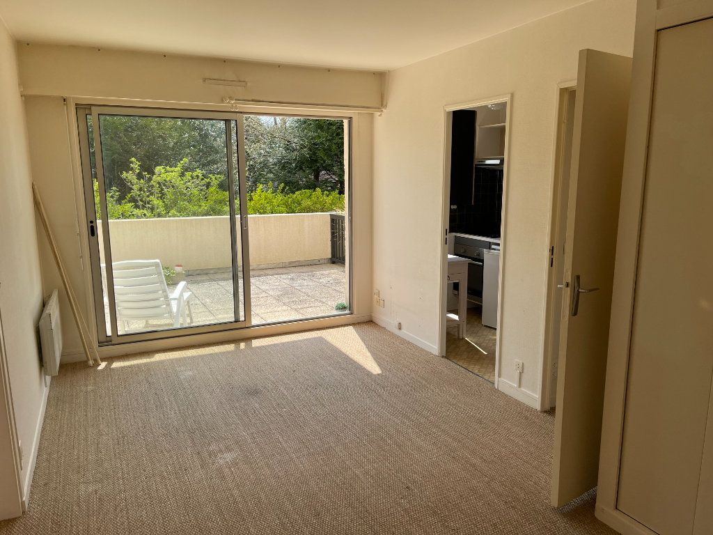 Appartement à louer 2 38.38m2 à Cabourg vignette-2