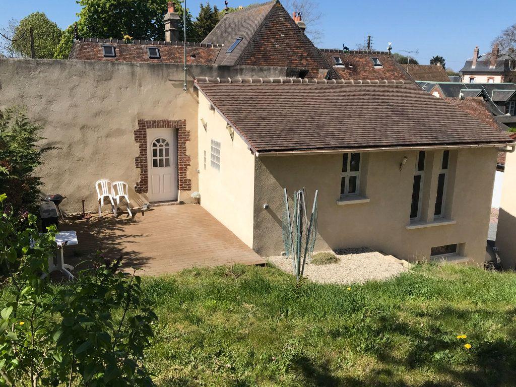 Maison à vendre 7 154m2 à Dives-sur-Mer vignette-4