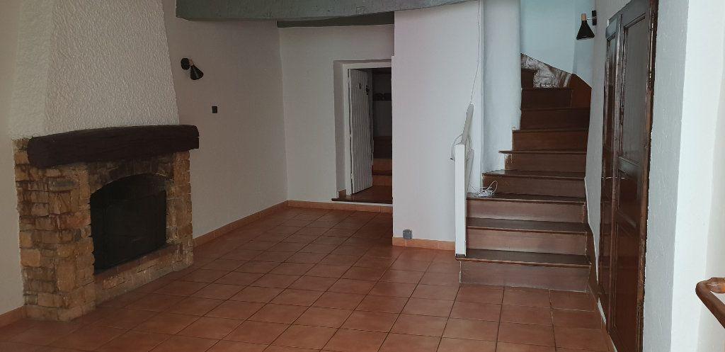 Maison à louer 3 70m2 à Ginasservis vignette-1