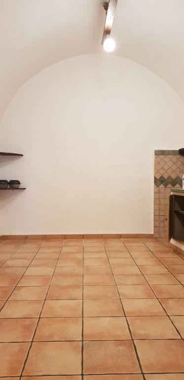 Maison à louer 3 70m2 à Ginasservis vignette-4