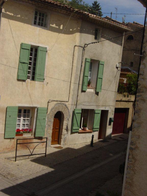 Maison à louer 3 70m2 à Ginasservis vignette-10