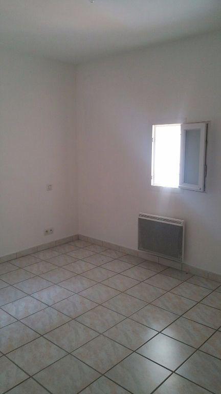 Appartement à louer 3 69m2 à Oraison vignette-3