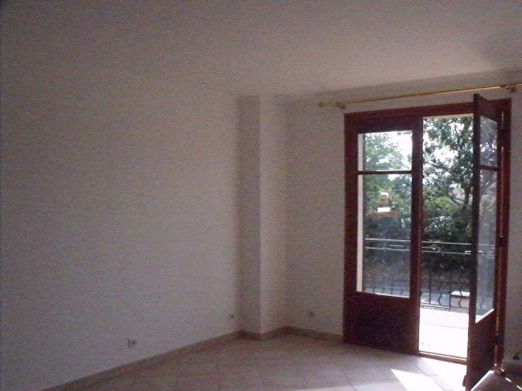 Appartement à louer 4 128m2 à La Brillanne vignette-3