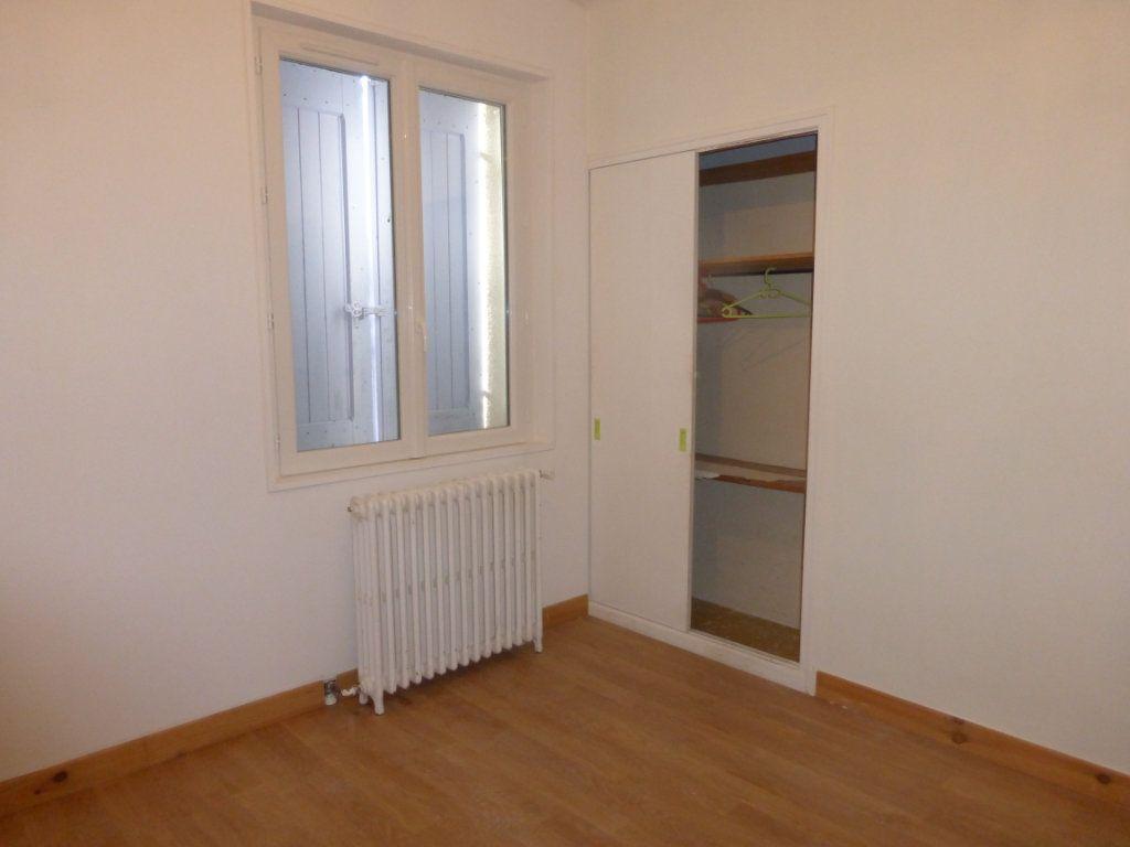 Appartement à louer 3 68m2 à Oraison vignette-7