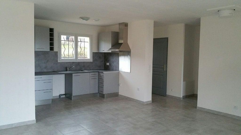 Maison à louer 4 90m2 à Saint-Julien vignette-1
