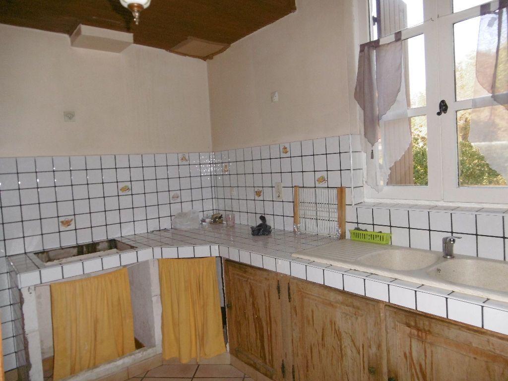 Maison à vendre 7 120m2 à Château-Arnoux-Saint-Auban vignette-2