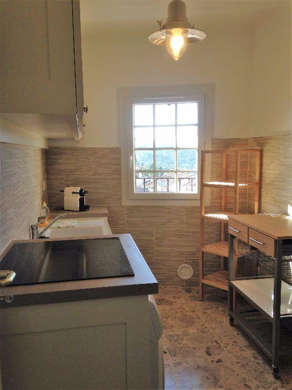 Appartement à vendre 3 59.99m2 à Gréoux-les-Bains vignette-3
