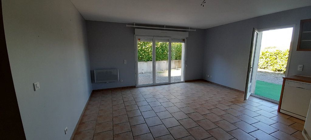 Appartement à louer 3 56m2 à Brunet vignette-1