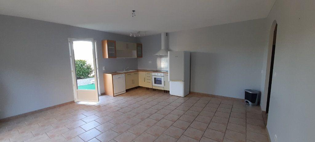 Appartement à louer 3 56m2 à Brunet vignette-2