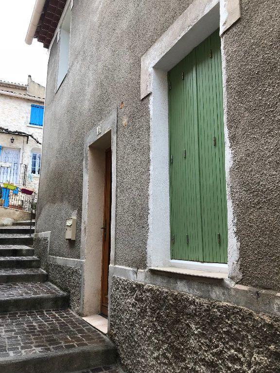 Maison à louer 2 38m2 à Gréoux-les-Bains vignette-1