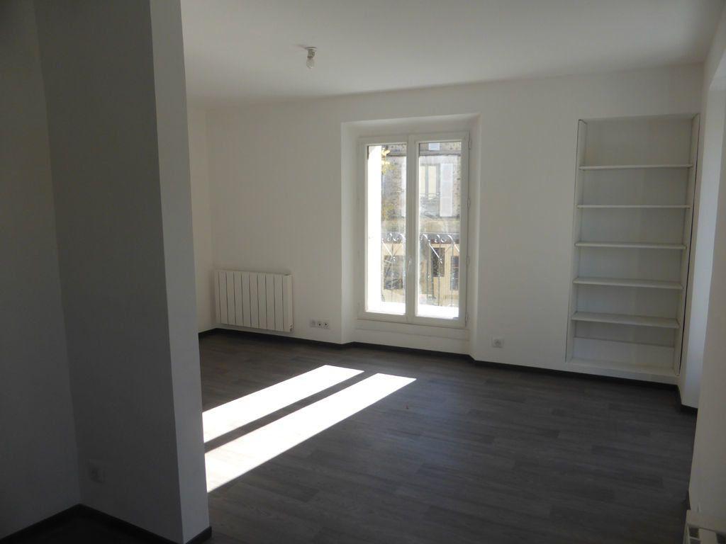 Appartement à louer 3 60m2 à Oraison vignette-3