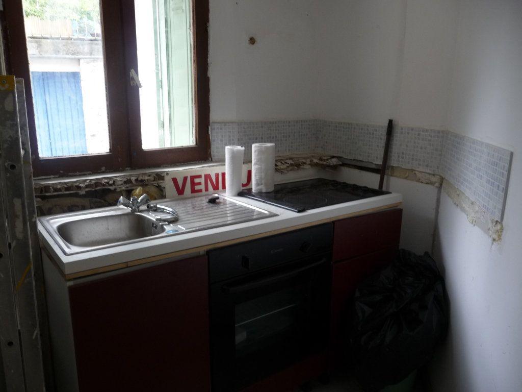 Appartement à vendre 1 14.65m2 à Volonne vignette-1