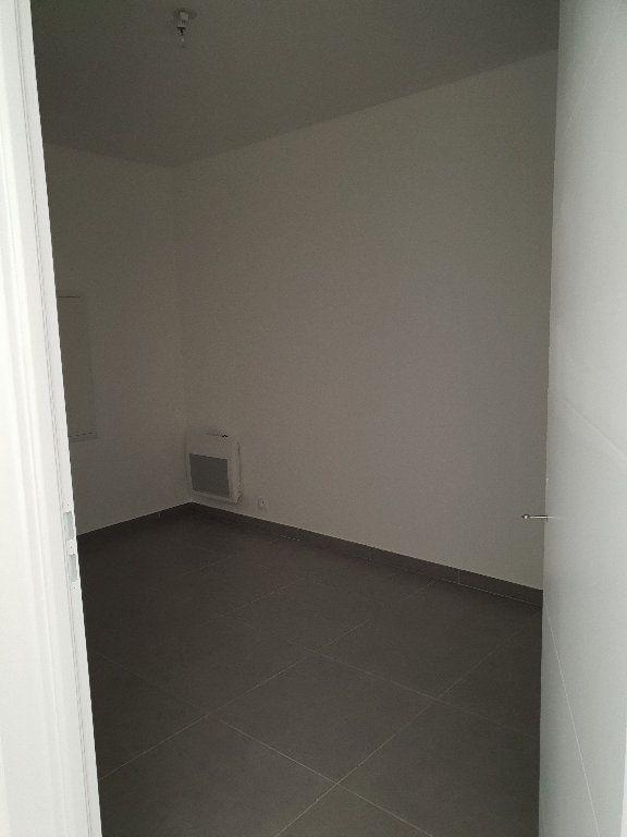 Appartement à louer 3 62m2 à Les Mées vignette-5