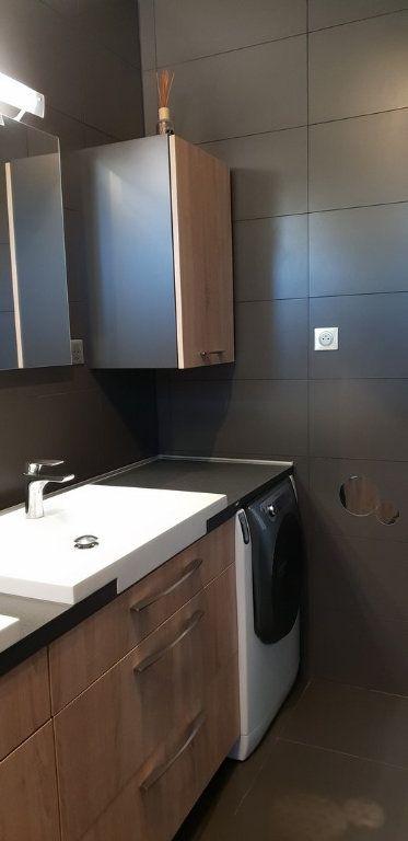 Appartement à louer 4 100m2 à Ginasservis vignette-9