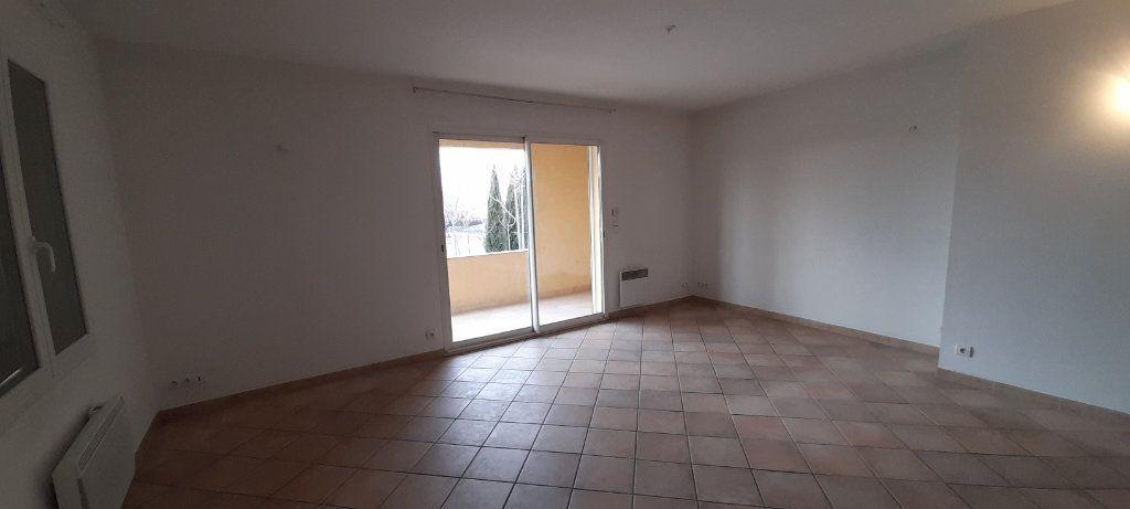 Appartement à louer 3 80m2 à Vinon-sur-Verdon vignette-2