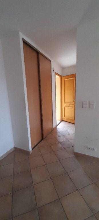 Appartement à louer 3 80m2 à Vinon-sur-Verdon vignette-3