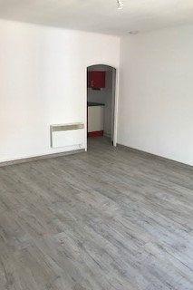 Appartement à louer 2 43m2 à Gréoux-les-Bains vignette-5