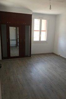 Appartement à louer 2 43m2 à Gréoux-les-Bains vignette-9