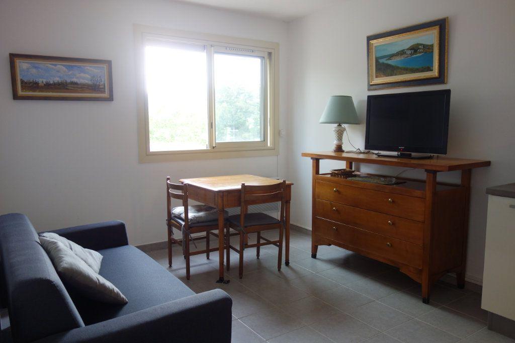 Appartement à vendre 2 39m2 à Gréoux-les-Bains vignette-2