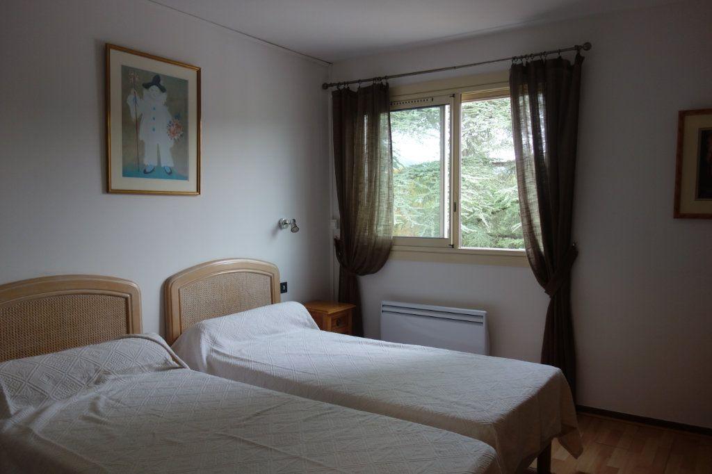 Appartement à vendre 2 39m2 à Gréoux-les-Bains vignette-3