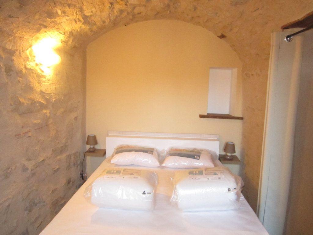 Appartement à louer 2 39.9m2 à Châteauneuf-Val-Saint-Donat vignette-5
