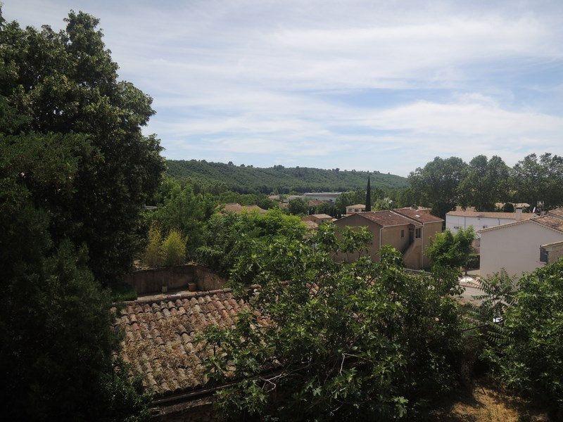 Maison à vendre 5 102m2 à Vinon-sur-Verdon vignette-1