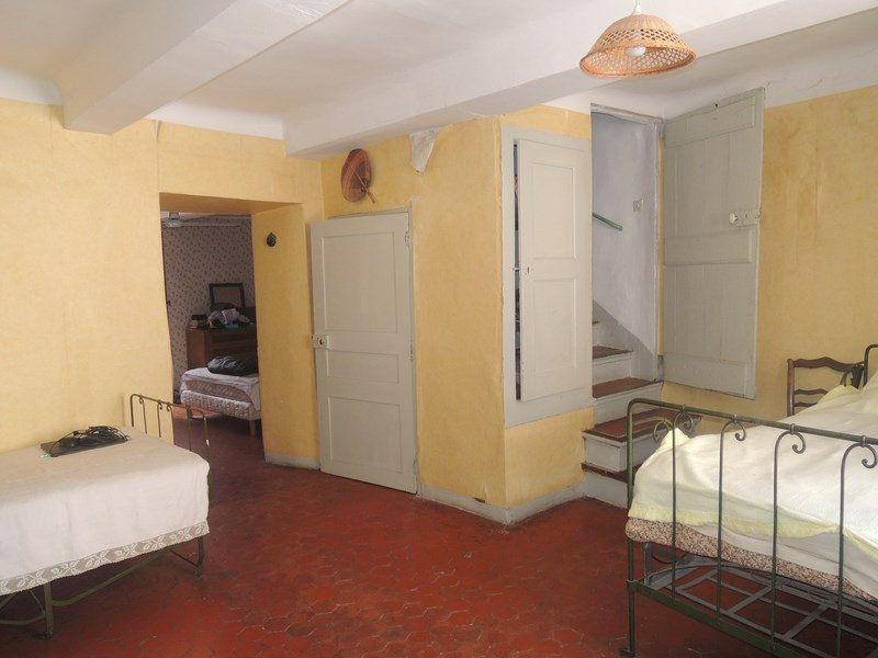 Maison à vendre 5 102m2 à Vinon-sur-Verdon vignette-3