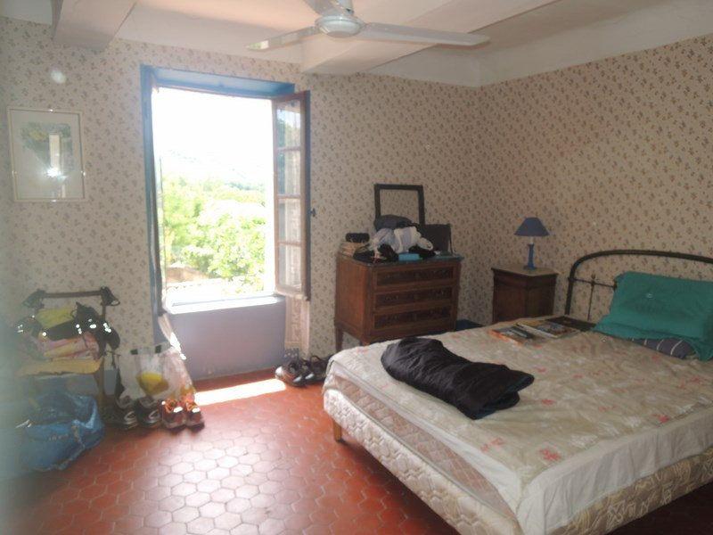 Maison à vendre 5 102m2 à Vinon-sur-Verdon vignette-4