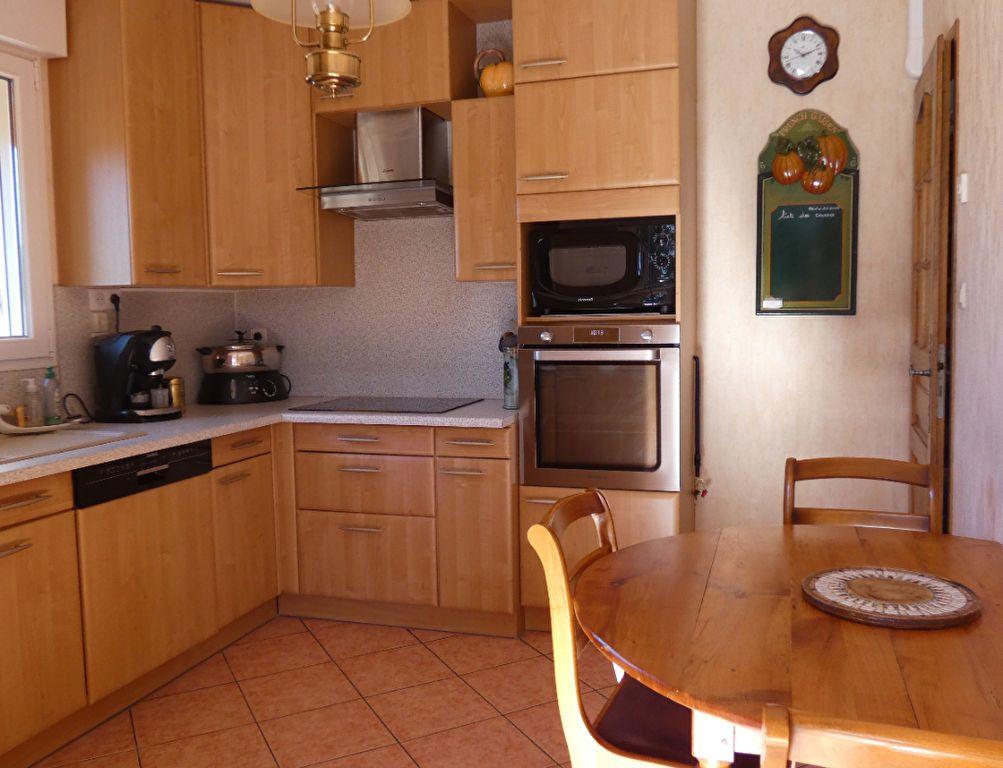 Maison à vendre 6 169m2 à Peipin vignette-3