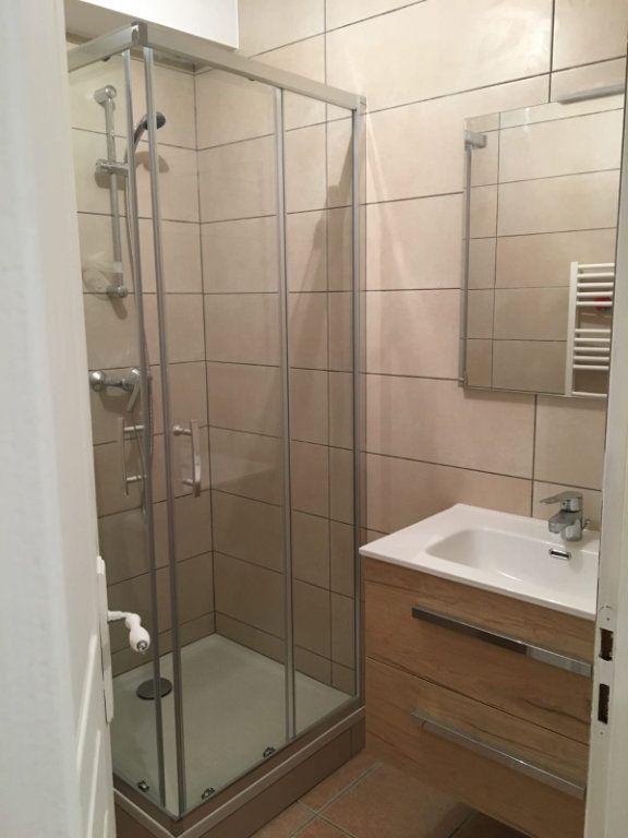 Appartement à louer 2 40m2 à Vinon-sur-Verdon vignette-2