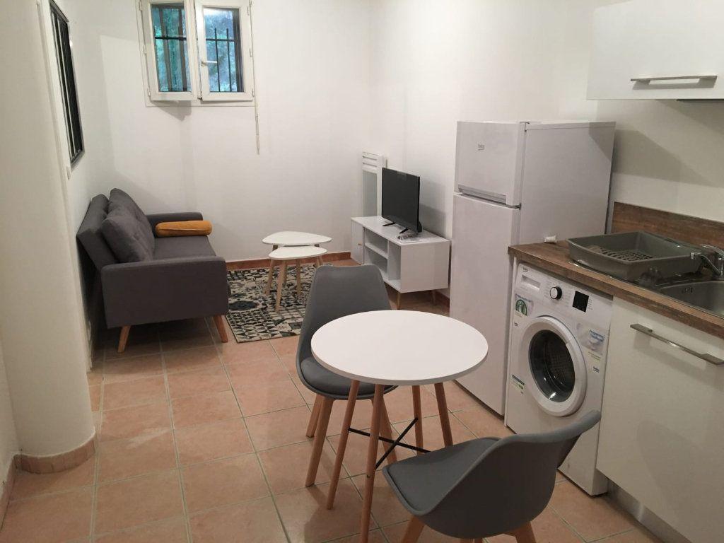 Appartement à louer 2 40m2 à Vinon-sur-Verdon vignette-3