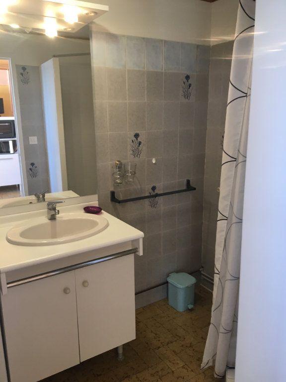 Appartement à louer 2 35m2 à Gréoux-les-Bains vignette-6
